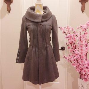Jackets & Blazers - Beautiful shape coat 🧥